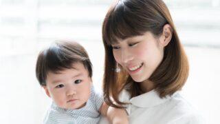 看護師と赤ちゃん画像